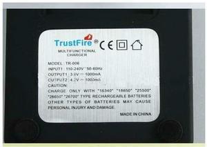 TrustFire TR-006 Li-Ion laddare